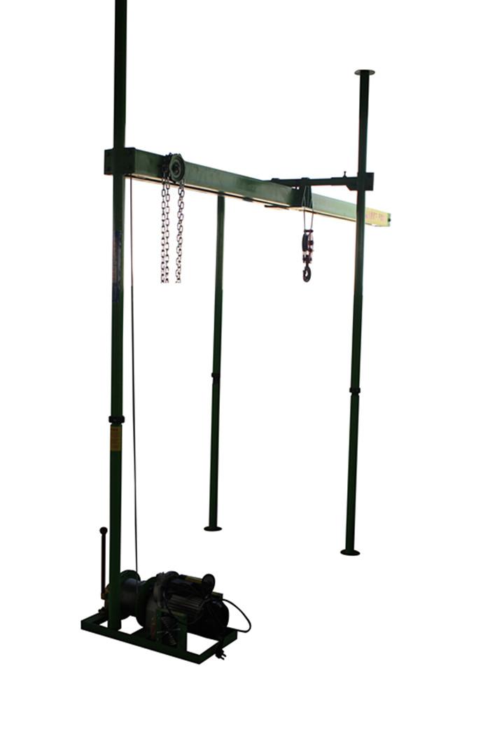 直滑式吊运机