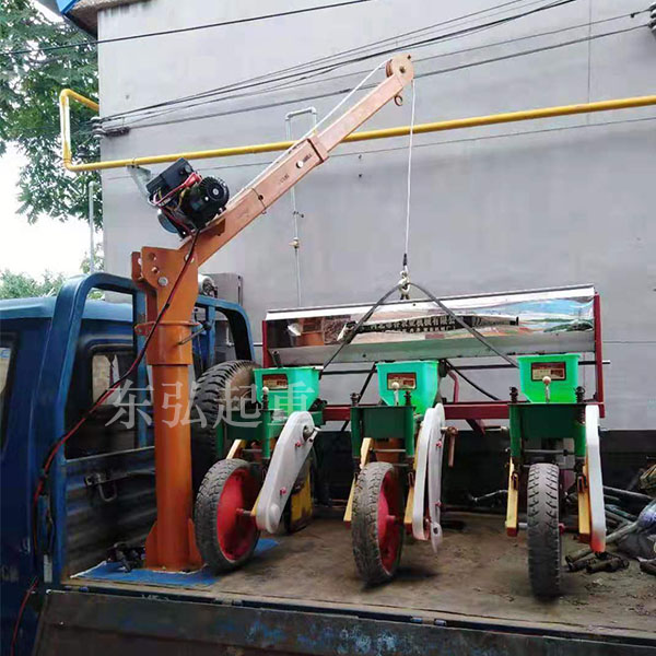 1吨车载吊运机