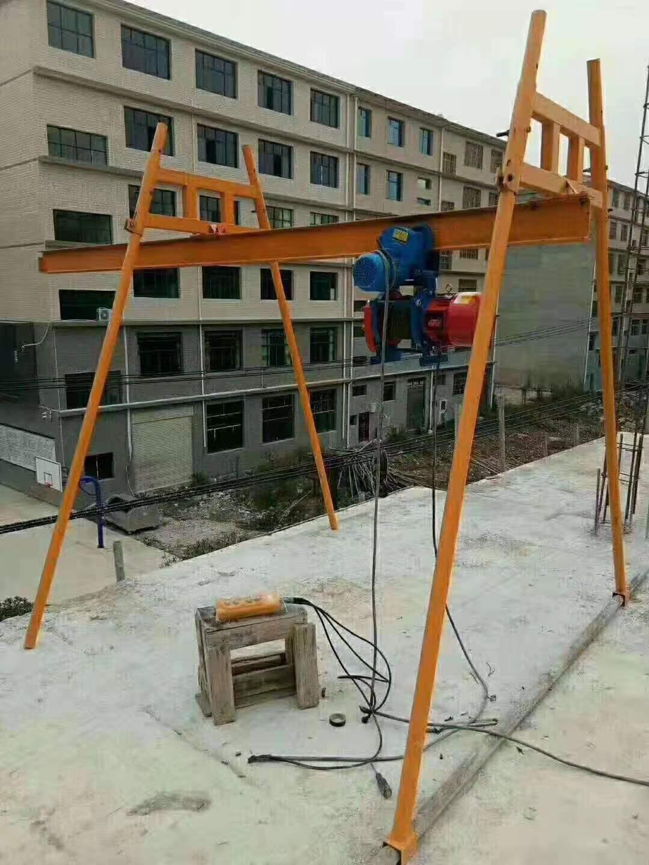 建筑用直滑式小型吊运机